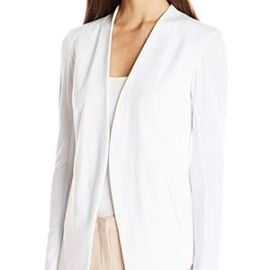 BCBGeneration Women's Tuxedo Blazer, White X-Small